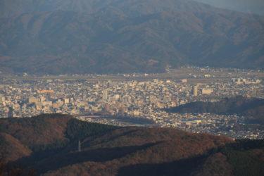 国見岳(二枚田幹線林道)からの展望と行き方-福井展望スポット-
