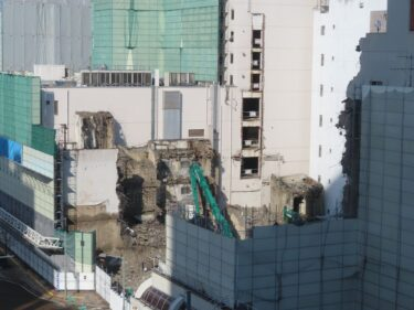 【三角地帯再開発A工事記録23】(2021.1)廃止市道付近建物解体4