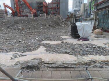 【三角地帯再開発A工事記録37】(2021.5)廃止市道北側解体1